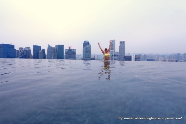 infinity pool marina bay sands singapore (1)