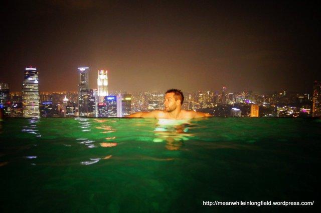infinity pool marina bay sands singapore (13)