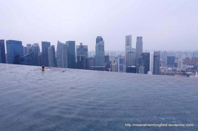 infinity pool marina bay sands singapore (4)