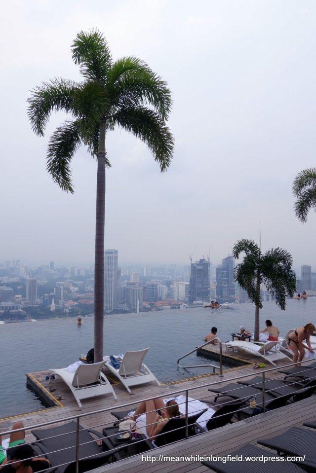 infinity pool marina bay sands singapore (5)