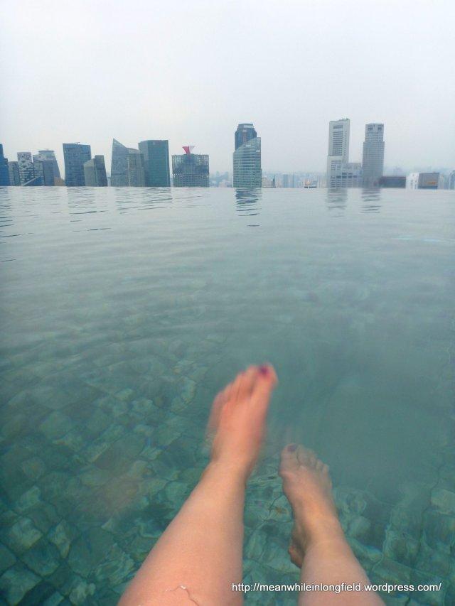 infinity pool marina bay sands singapore (9)